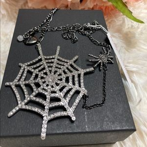 NWT BETSEY JOHNSON SPIDER WEB HALLOWEEN NECKLACE